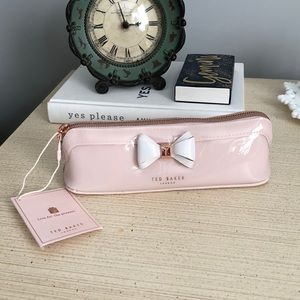 best service 7bf9c bd6ed Ted Baker Alister Curved Bow Pencil Case NWT NWT